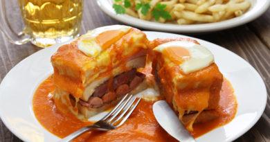 Франсезинья - португальский бутерброд