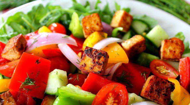 Панцанелла - Итальянский летний салат из овощей и хлеба