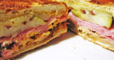 Медианоче - кубинский бутерброд