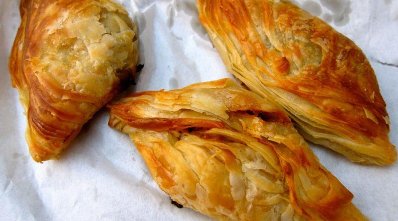 Пастицци - Мальтийские пирожки из слоёного теста с начинкой из сыра