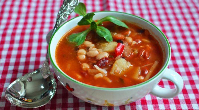 Фасолада - Густой постный греческий суп