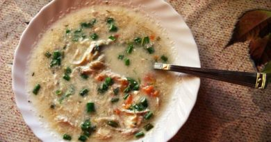 Пилешка супа - Традиционный болгарский куриный суп с лапшой