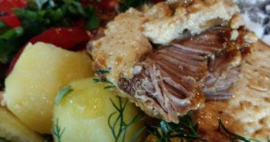Луковый клопс - мясо по-латышски