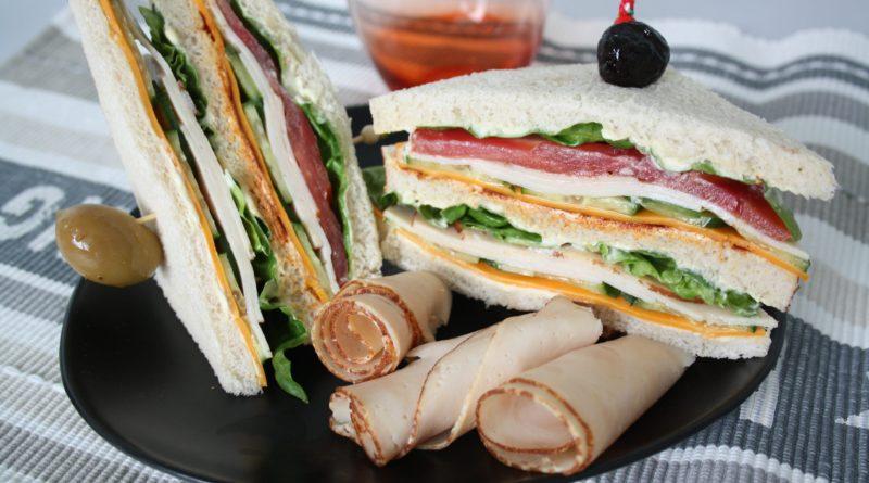 Клубный сэндвич по-американски