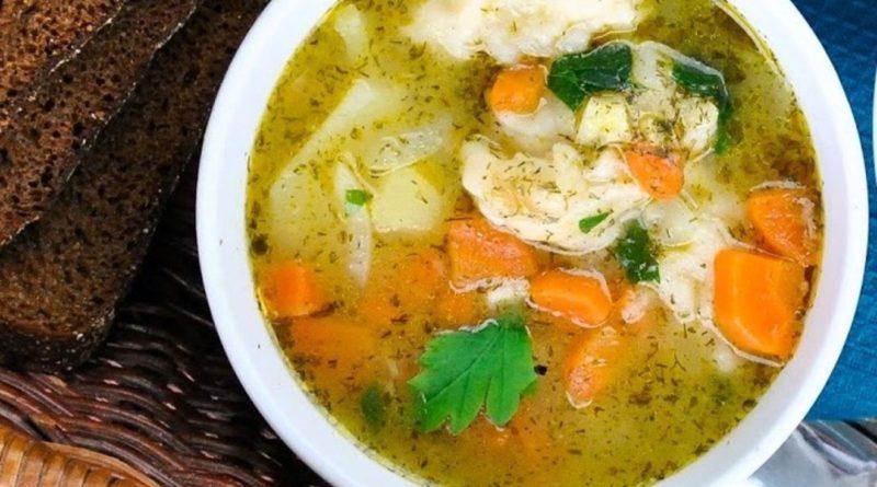 Овощной суп с хлебными клёцками по-немецки