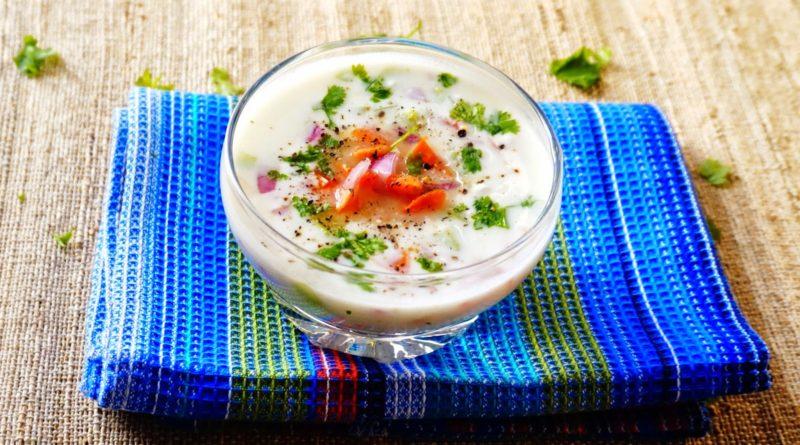 Райта - Индийское блюдо, смесь йогурта с овощами и специями