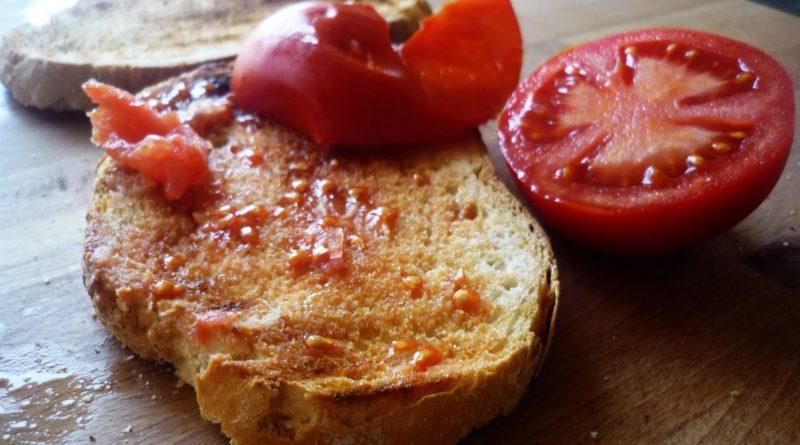 Пантумака - Хлеб с помидором по-каталонски (Испания)