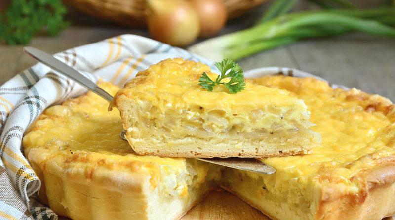 Холера - Швейцарский овощной пирог с луком, картофелем, сыром и яблоками