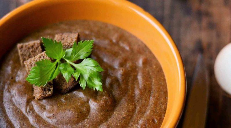 Чешский суп из ржаного хлеба