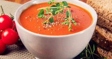 Пряный томатный суп с вермутом по-итальянски
