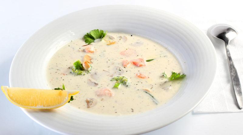 Сырный суп с ветчиной и грецким орехом