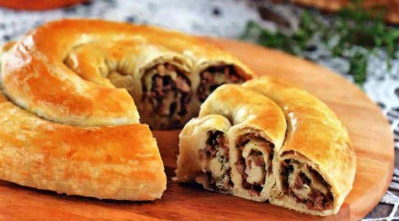 Вертута с яблоками, грецкими орехами, корицей и мясная вертута по-молдавски