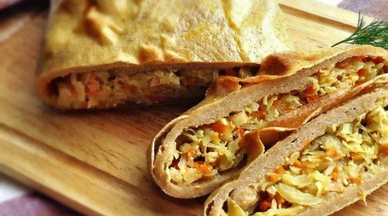 Капосту эдейс - Пирог из пресного теста с капустой и беконом по-латышски