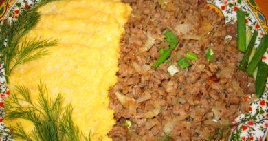 Буламик - Узбекская каша из кукурузной муки с фаршем