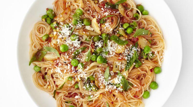 Капеллини с томатным соусом и Овощной суп с капеллини по-итальянски