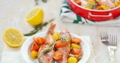 Барабулька с помидорами черри по-гречески