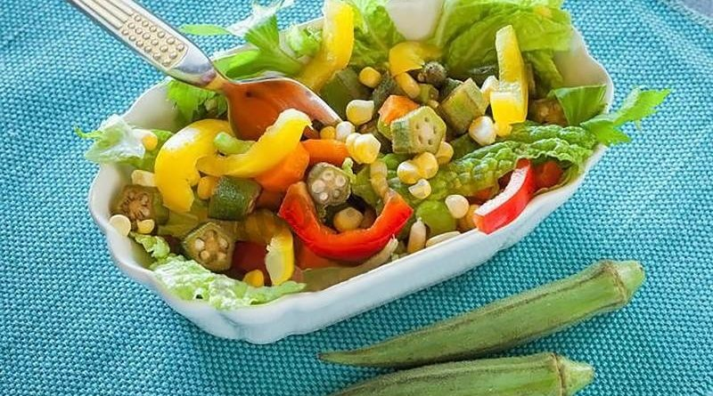 Салат со свежей бамией