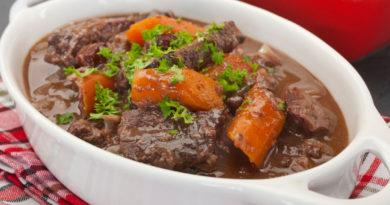 Даубе - Прованское жаркое из говядины с овощами по-французски