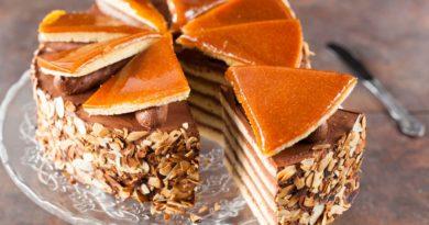 Добош - Торт с орехами и карамелью по-венгерски