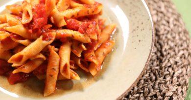Гарганелли с итальянским томатным соусом