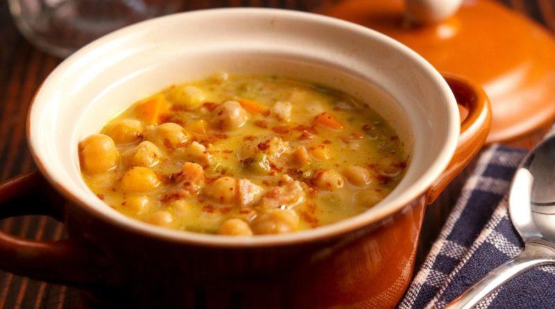 Гороховый суп с мясом и картофелем и горох с копченостями и шкварками