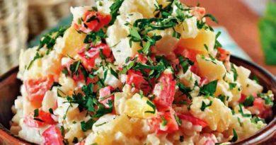 Картофельный салат с гогошарами по-молдавски