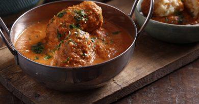 Гуштабу - Тефтели из баранины в пряном соусе по-индийски