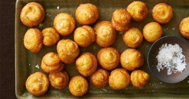 Картофельные и сладкие пончики