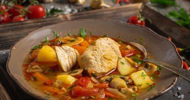 Яхния - Тушеное мясо с овощами по-балкански