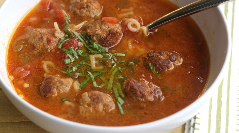 Мексиканский суп с тефтелями
