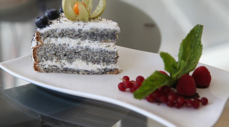 Торт с маком