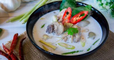 Том Кха Кай - Тайский суп из курицы
